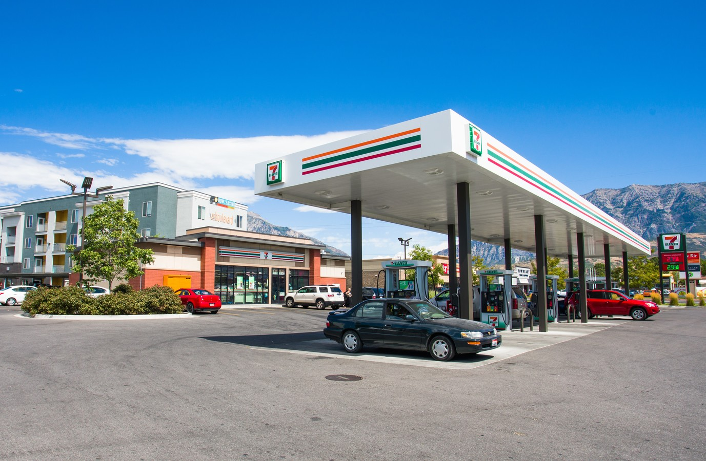 7-Eleven – West Haven, UT